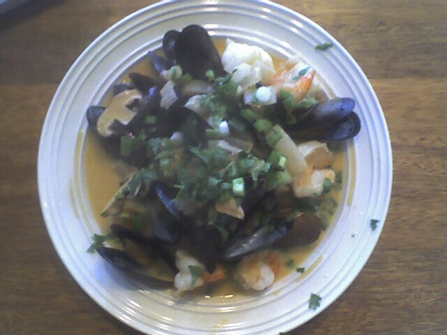 Prawns with Mussels in Red Curry Sauce
